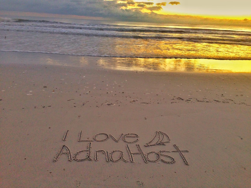 adriahost beach love
